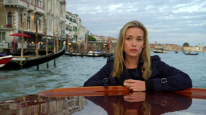 covert_affairs_-_piper_perabo_-_venezia