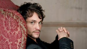 hugh-hugh-dancy-655479_991_1000_0