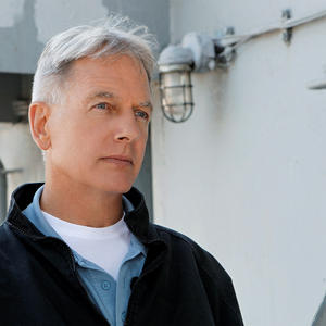 9x05-safe-harbor-ncis-25953231-2000-1334
