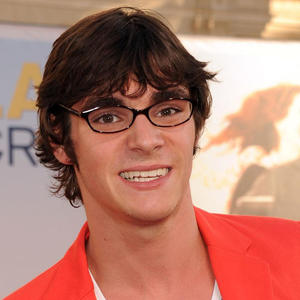 rj-mitte-in-larry-crowne-2011-large-picture